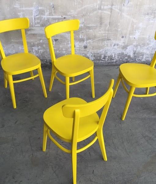 Negozi sedie milano amazing sedie per ufficio nuove cod for Sedie richiudibili