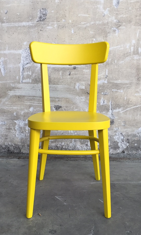 Sedia modello milano in giallo la cort store for Sedia ufficio gialla