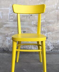 sedia colore giallo
