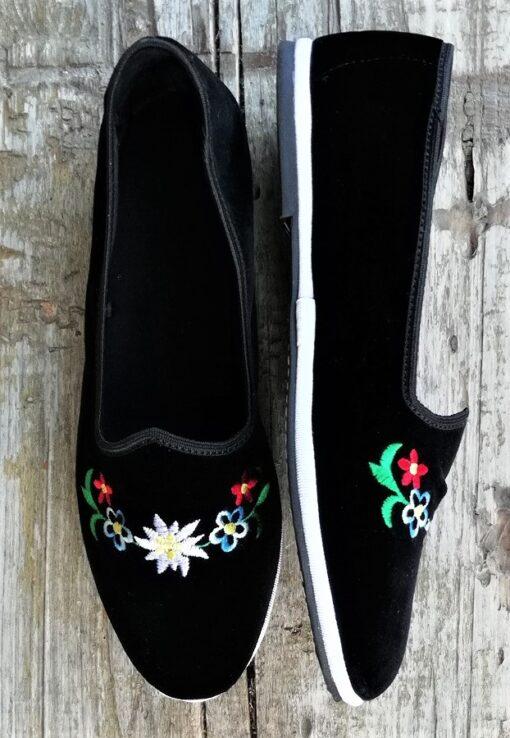 scarpets neri con ricamo