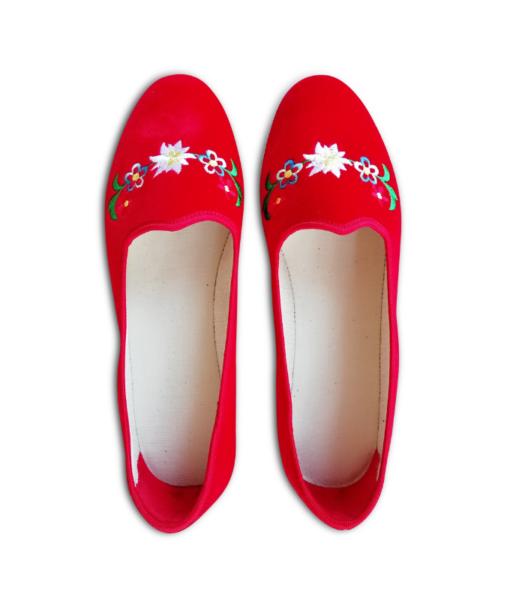 scarpets_rossi_ricamo_tradizionale